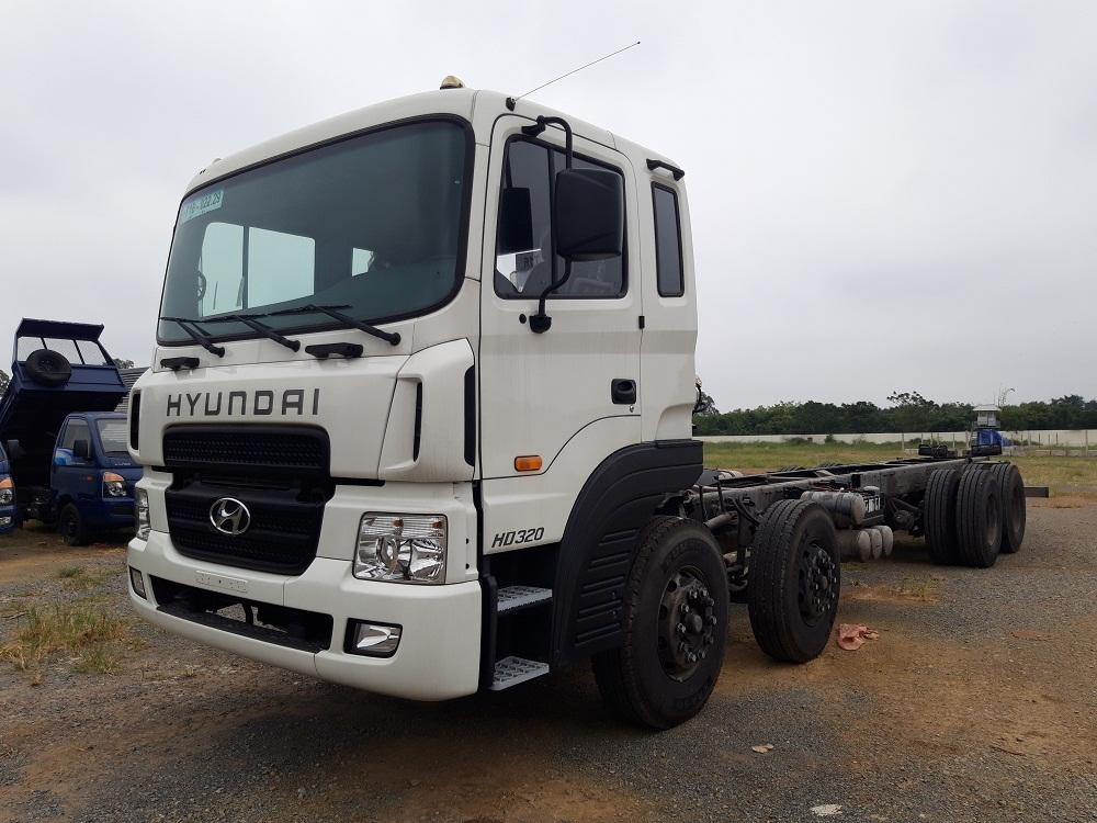 Ảnh xe tải hyundai 4 chân hd320 19 tấn