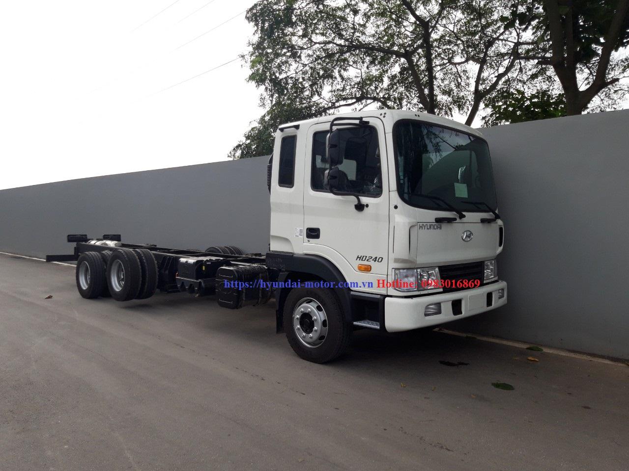 Hyundai HD240 cabin chassis
