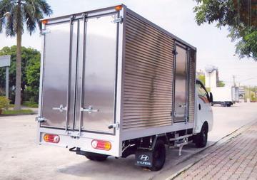 Thùng kín inox xe porter H150 1.5 tấn