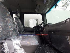 Nội thất xe tải hyundai hd240