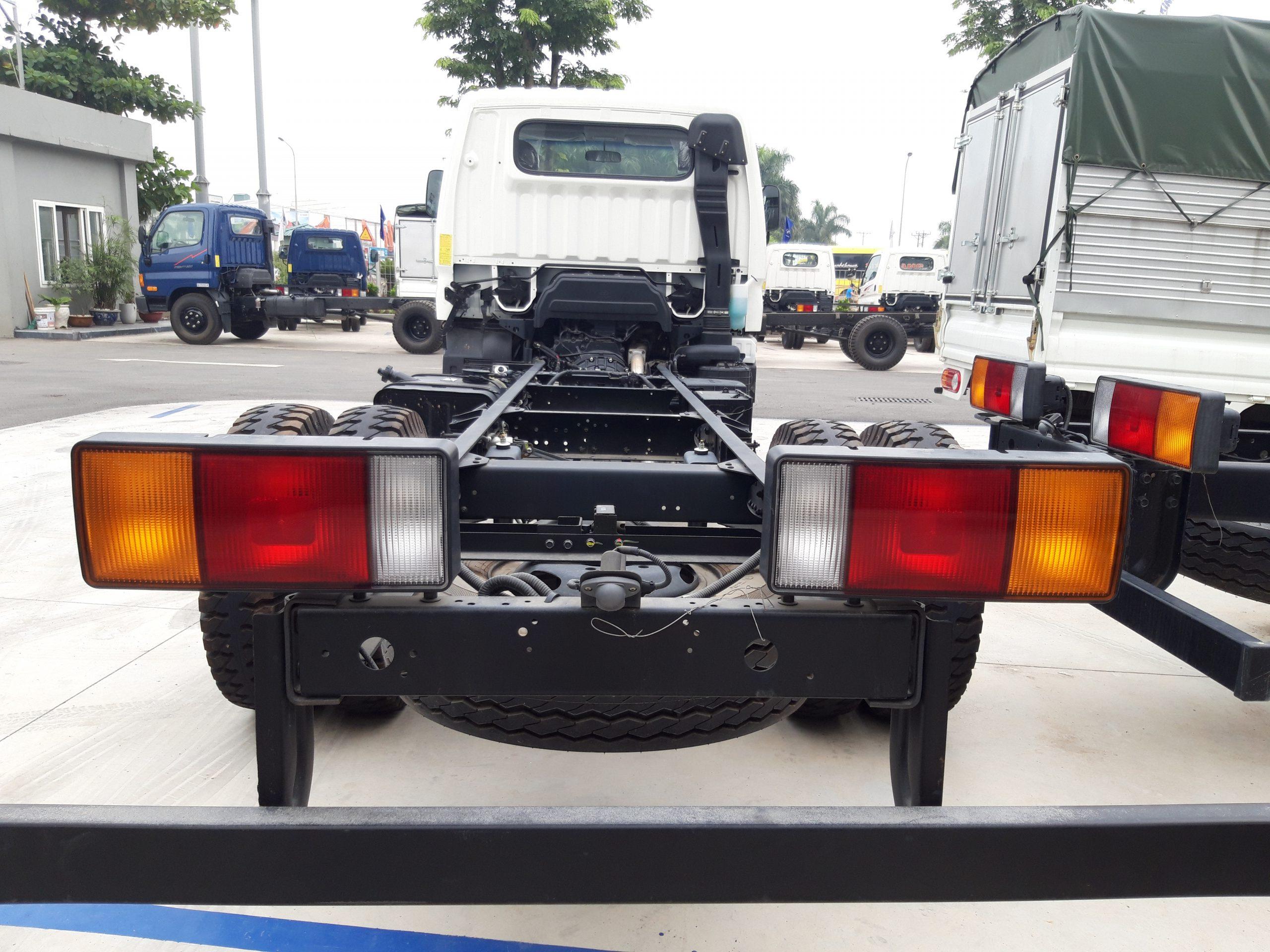 Ngoại Thất xe tải hyundai 110sp 7 tấn