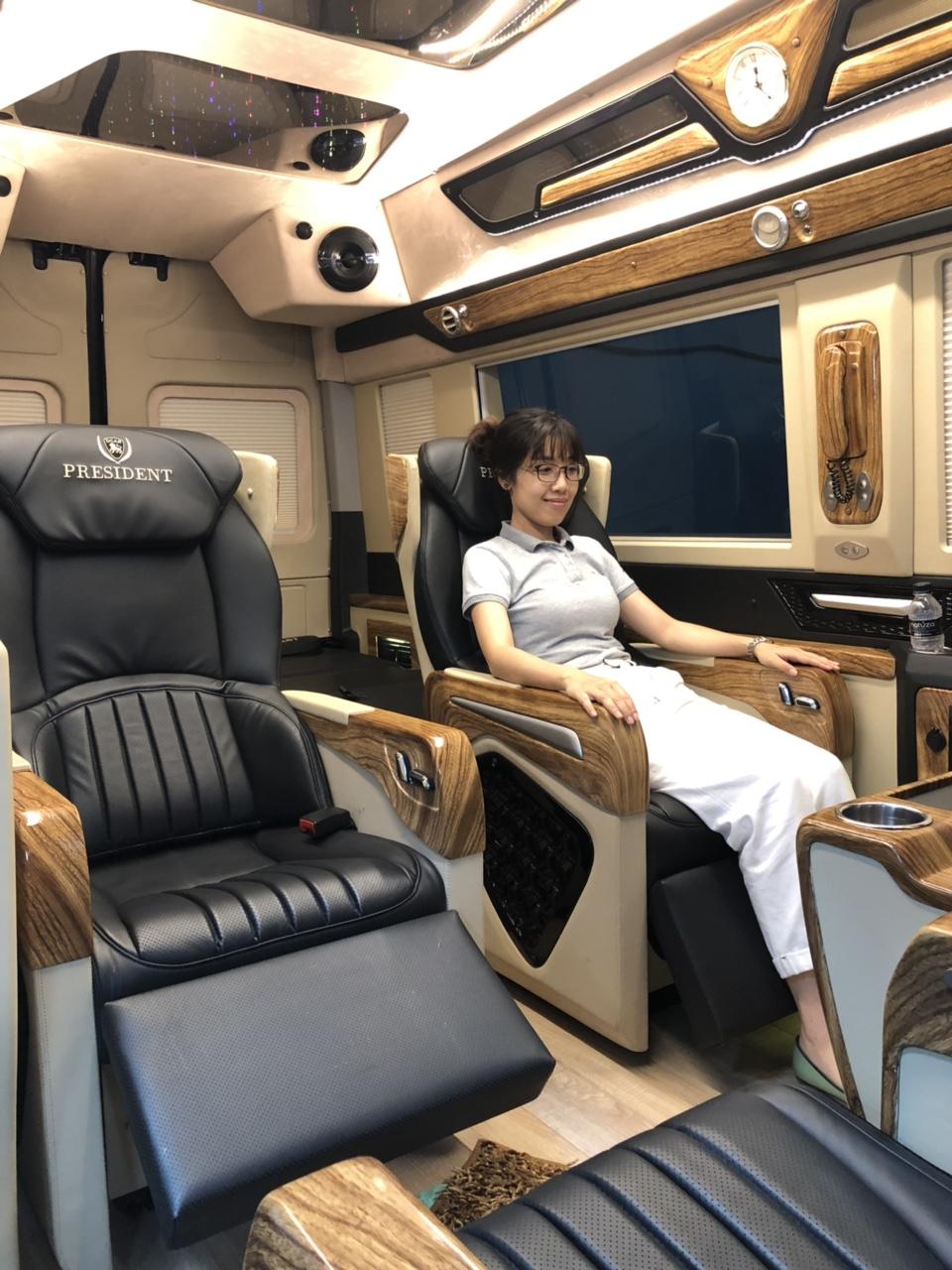 Nội thất hyundai solati limousin