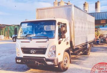 Hyundai EX8L 8 Tấn Thùng Kín